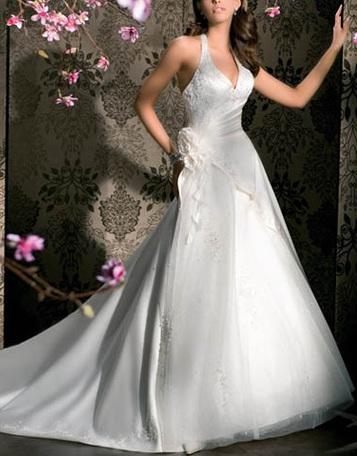قصيرة من H&Mفساتين زفاف لريم اكرا لموسم ربيع وصيف 2012أجمل